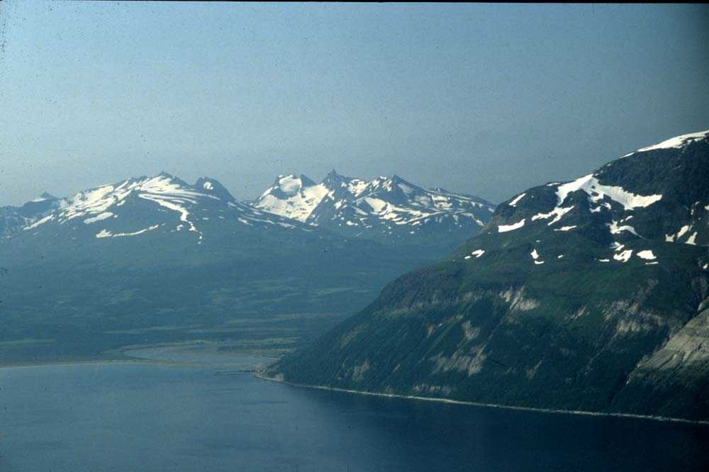 Landskap. Fjell og fjord. Ett sted på Vestlandet.