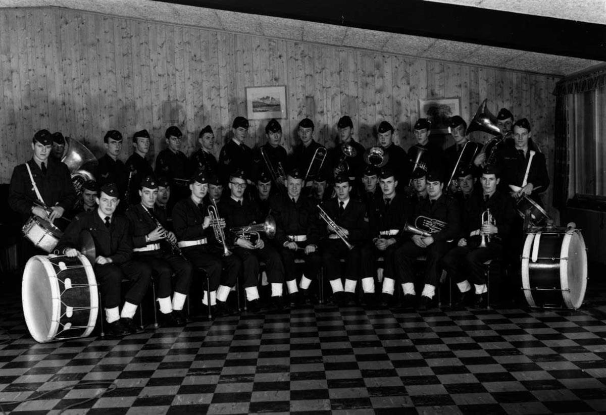 Gruppe.   Stasjonsmusikken 1958.