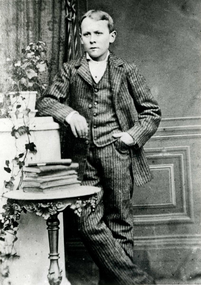 Portrett av Skipsreder Theodor Nordbø senior.
