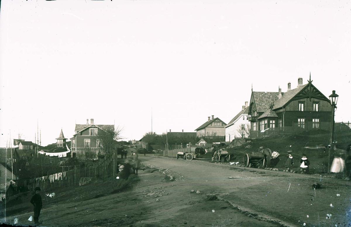 Bymotiv - Gate og hus.