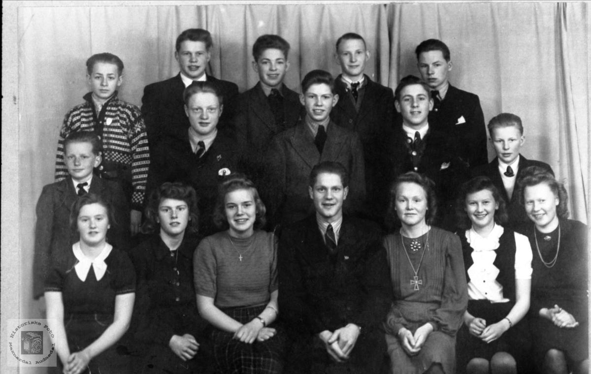Framhaldskule på Bjelland 1944-45