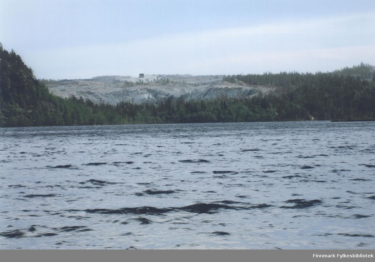 Gruvedrift ved Ørnevatn, mot Kjellmannsåsen.