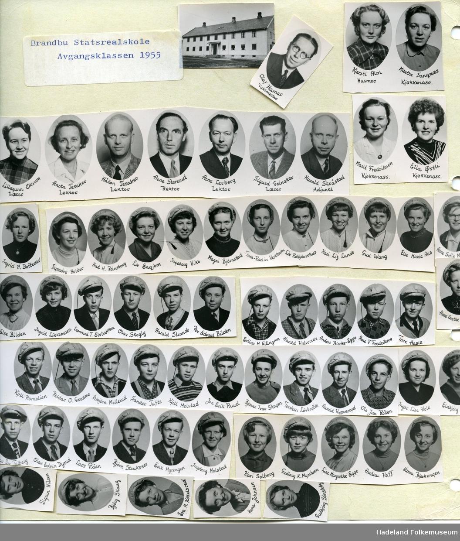Avgangsklassen ved Brandbu Statsrealskole i 1955.
