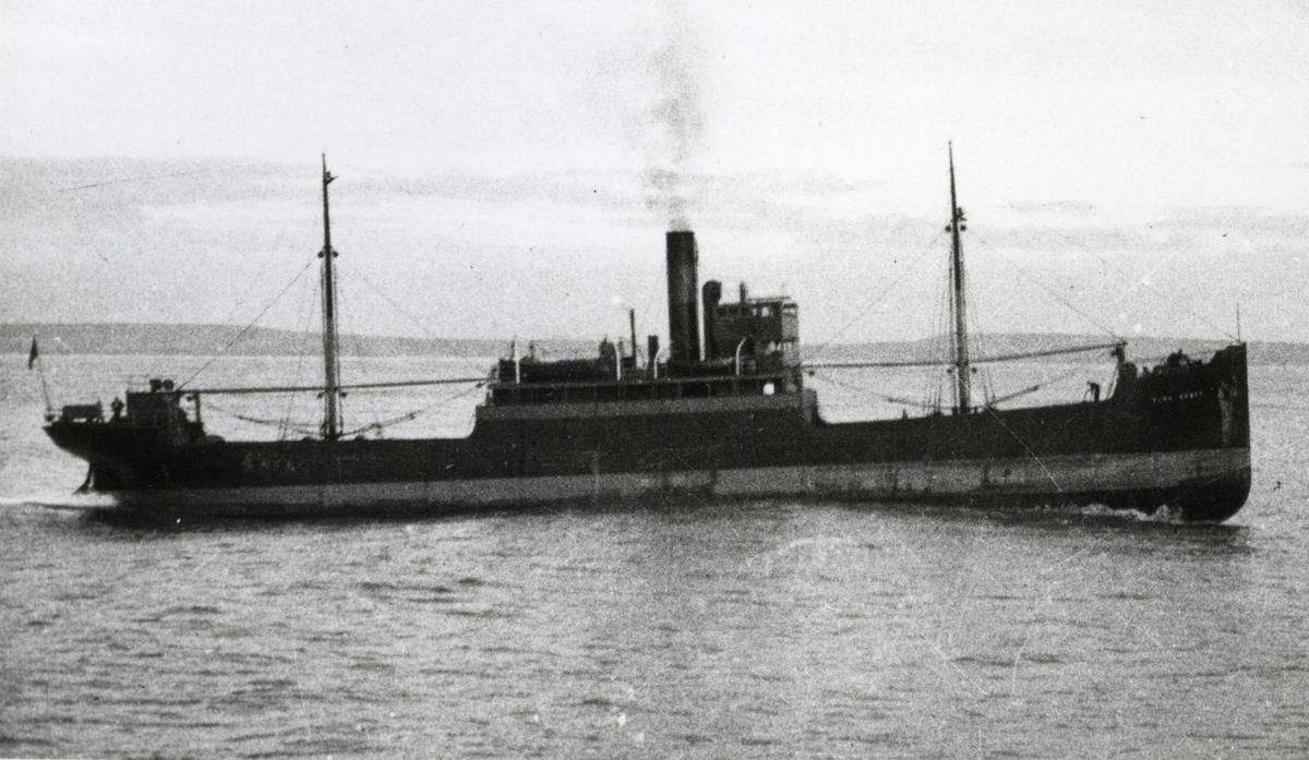Ägare:/1923-40/: Ångfartygs AB Östersjön. Hemort: Göteborg.