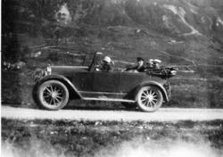 Mot Ershovd i Hemsedal i 1930. Inga Nielsen, Ragnvald Petter