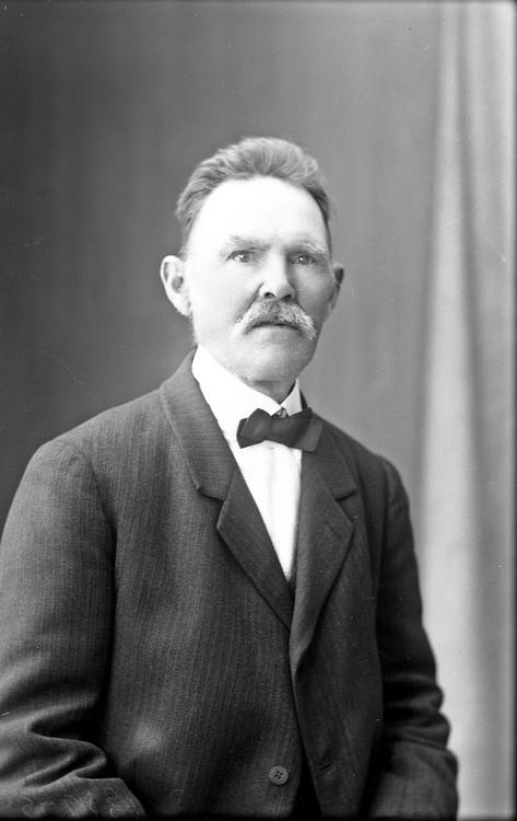 Porträtt av Edvard Eliasson, farbror till fotografen Oscar Färdig