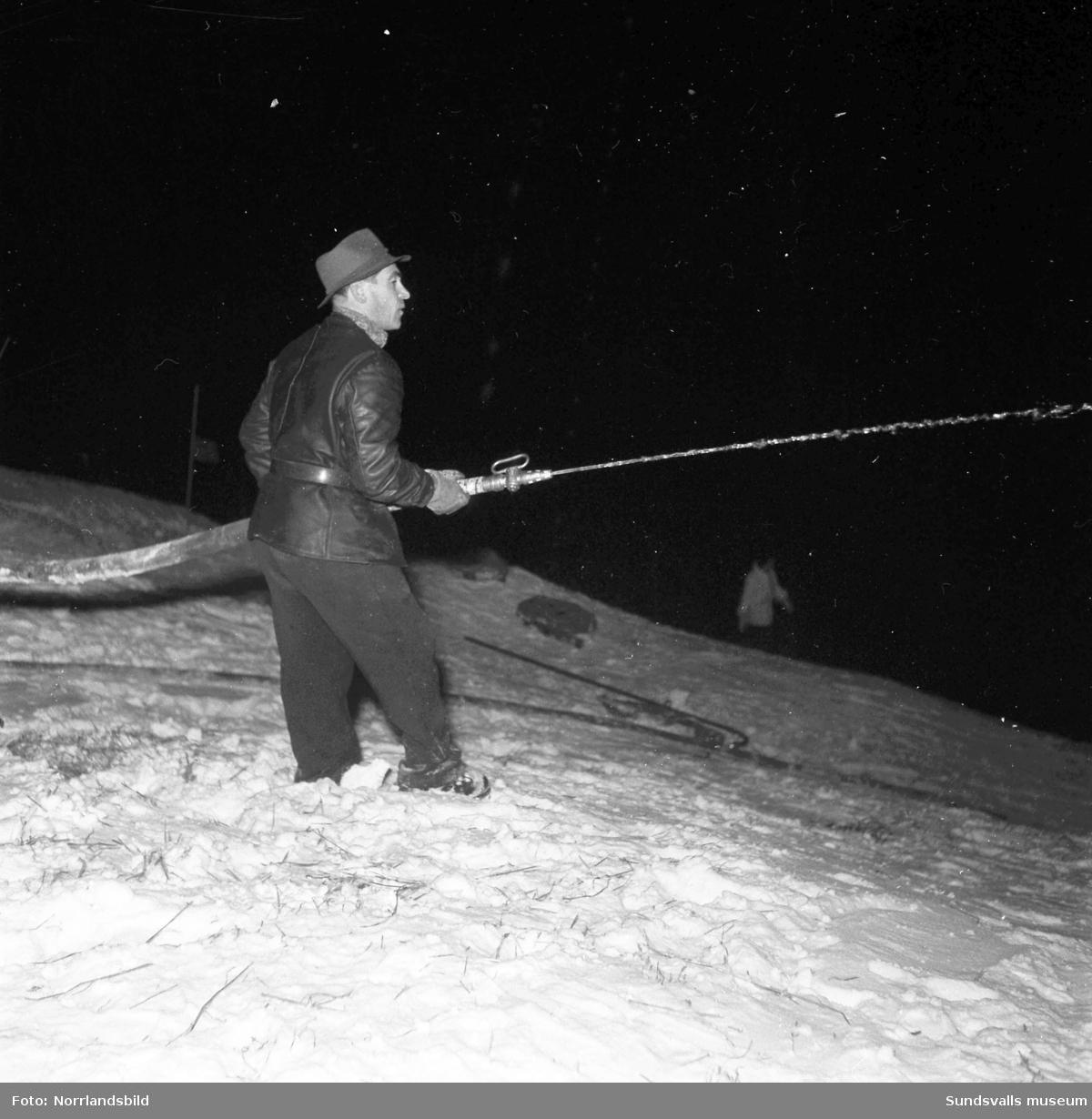 Spolning av slalombacken i Sundsvall.