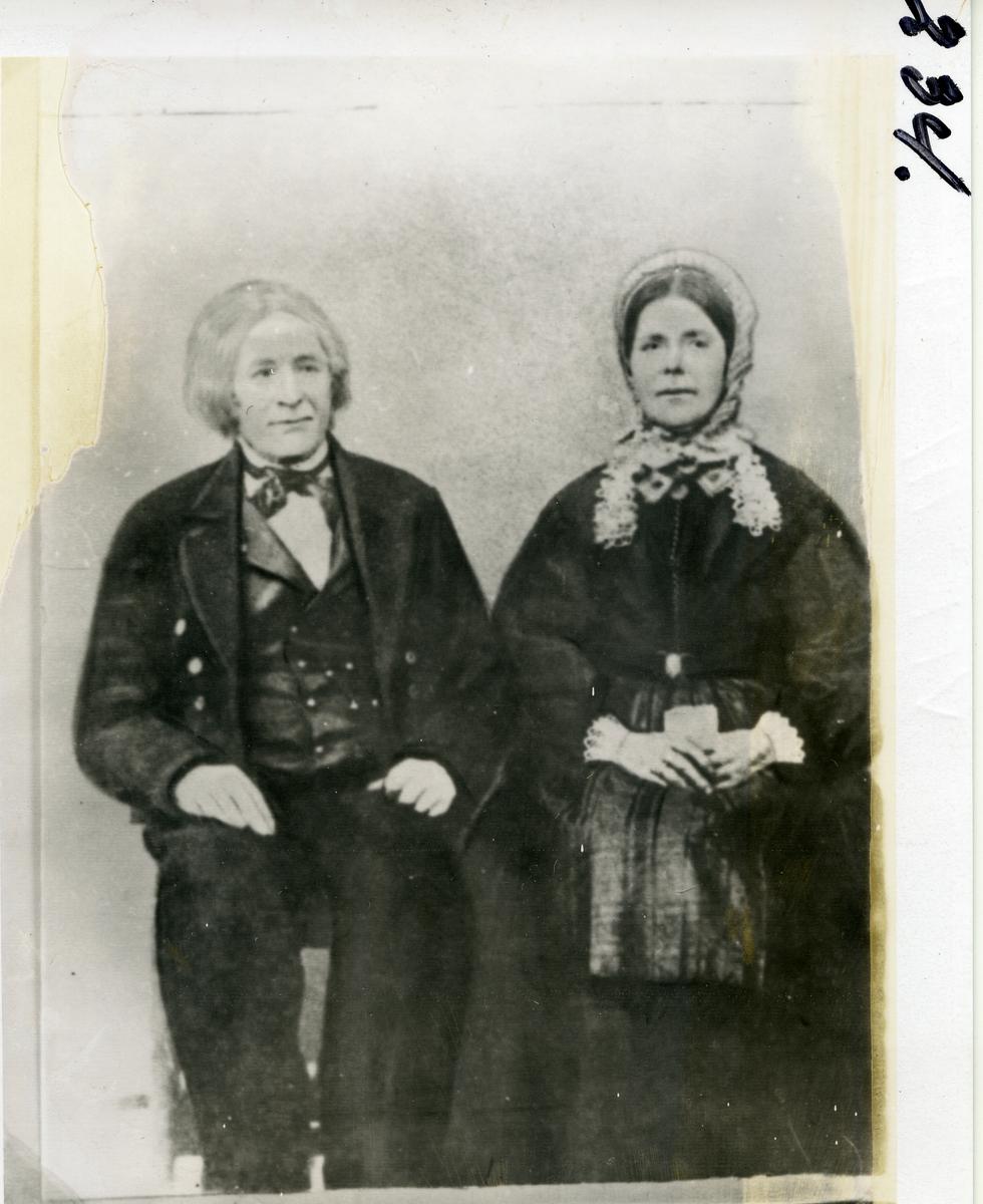 Portrett av Arne Helgesen Granheim (1796-) og Marit Rogne (1809-)