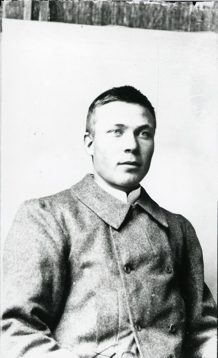 Portrett av Sigurd Gudheim