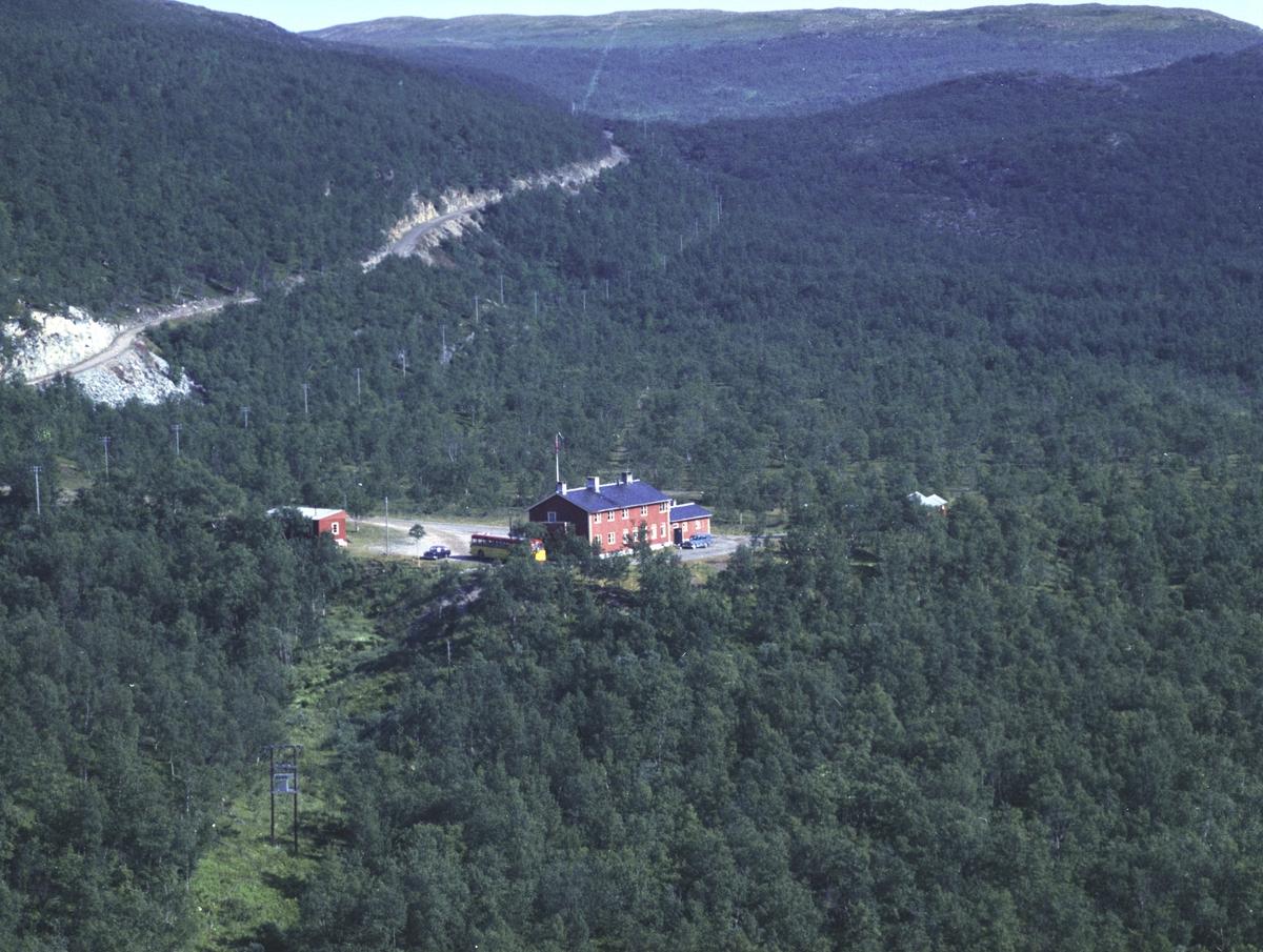 Flyfoto fra Lebesby. Negativ nr. 122683.