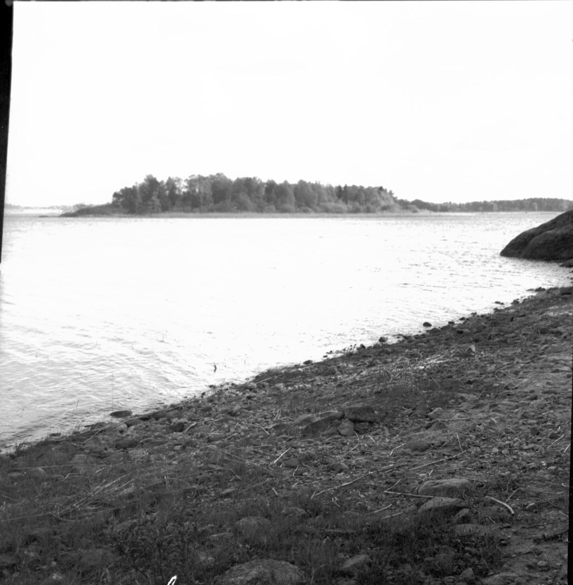 Det fornminnesrika Hästefjorden.