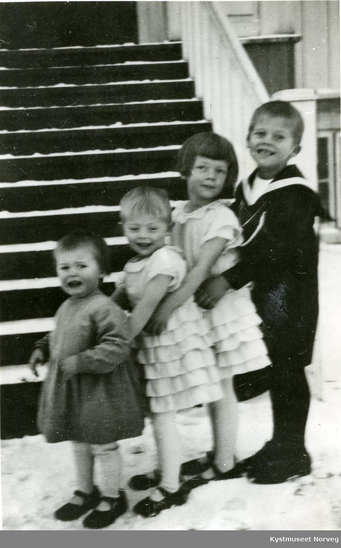 Randi, Grete, Kirsten og Gudbrand Svendsgaard