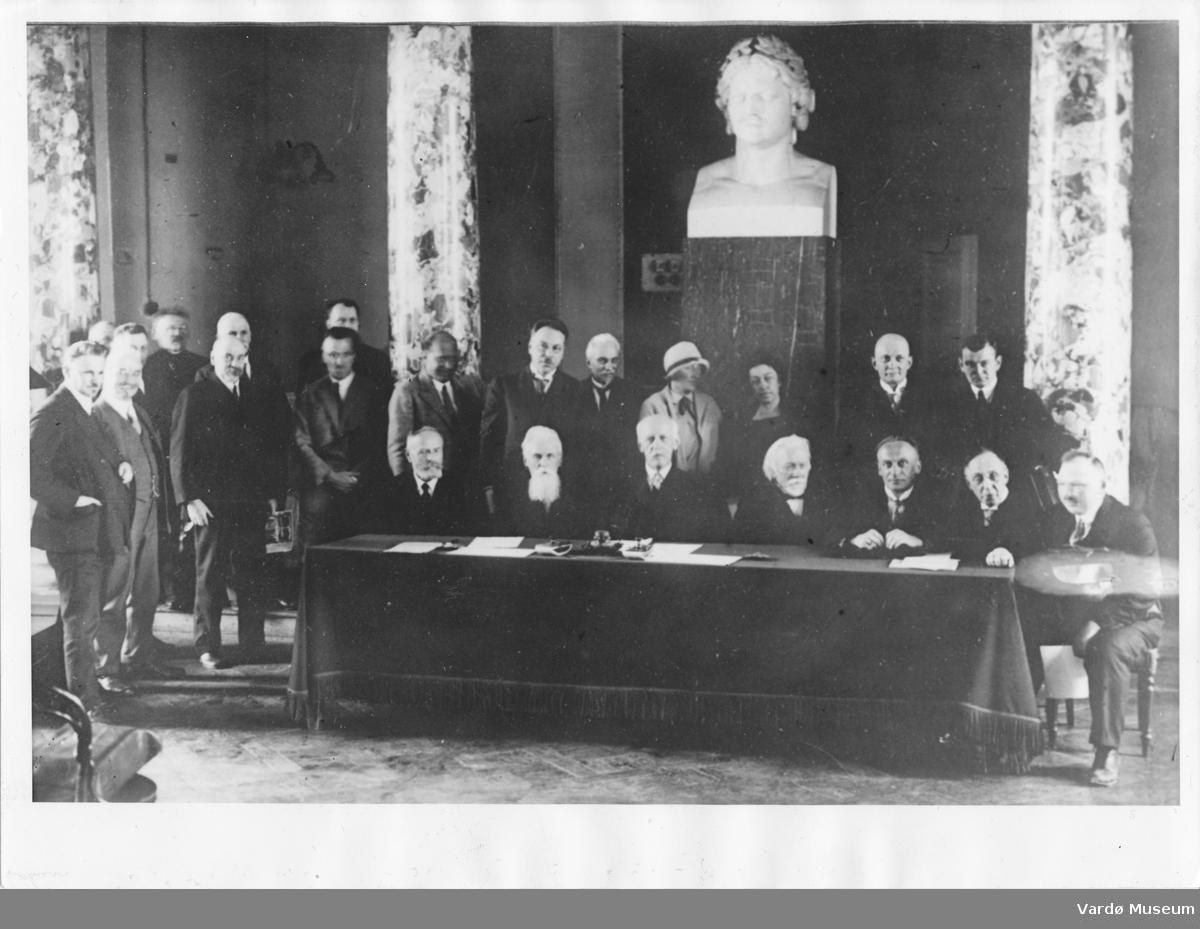 Nansen og Kuriniskij i presidiet (Folkeforbundet 1930