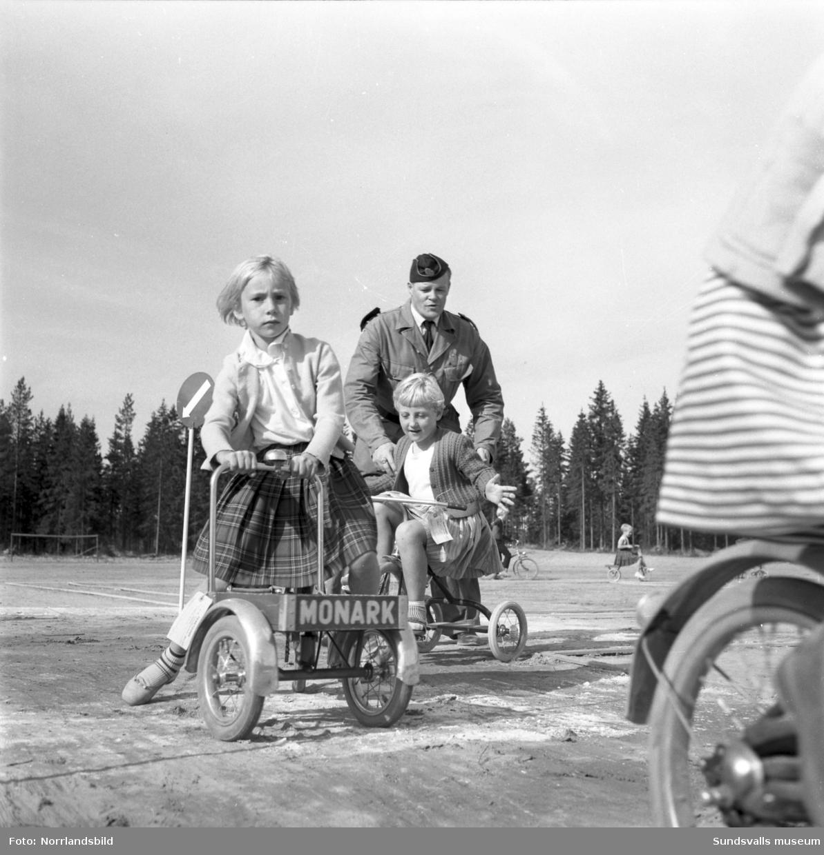 Trafikundervisning för förstaklassare i Timrå.