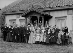 Brylluppet til Johan Lindbo og sin kone Bildet er tatt på M