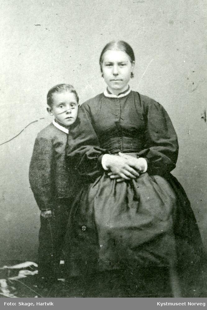 Ukjent kvinne og gutt