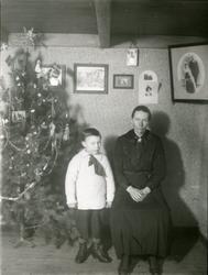 Hilda Sundsvik med sønnen Ole Sundsvik