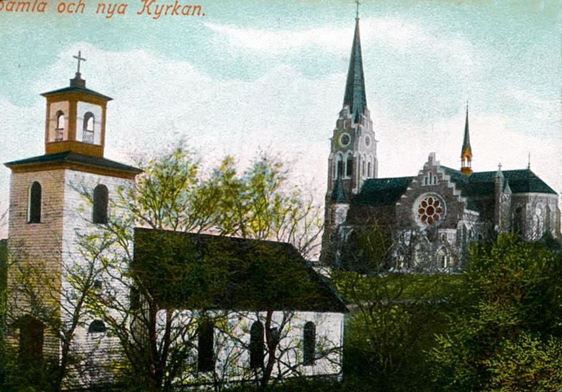 """Enligt uppgift på vykortet: """"Gamla och nya Kyrkan""""."""