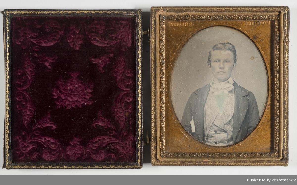 Daguerreotypi  Nils Christan Ridder( f.1818-d.1892) Holdt til på Riddergården iHønefoss