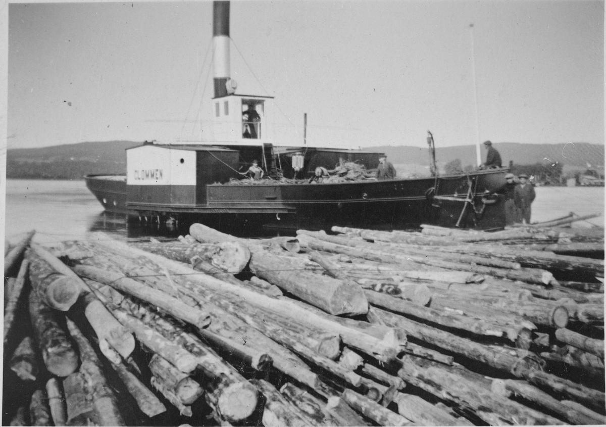 """Tømmerbåten """"Glommen"""", bygget i 1875."""