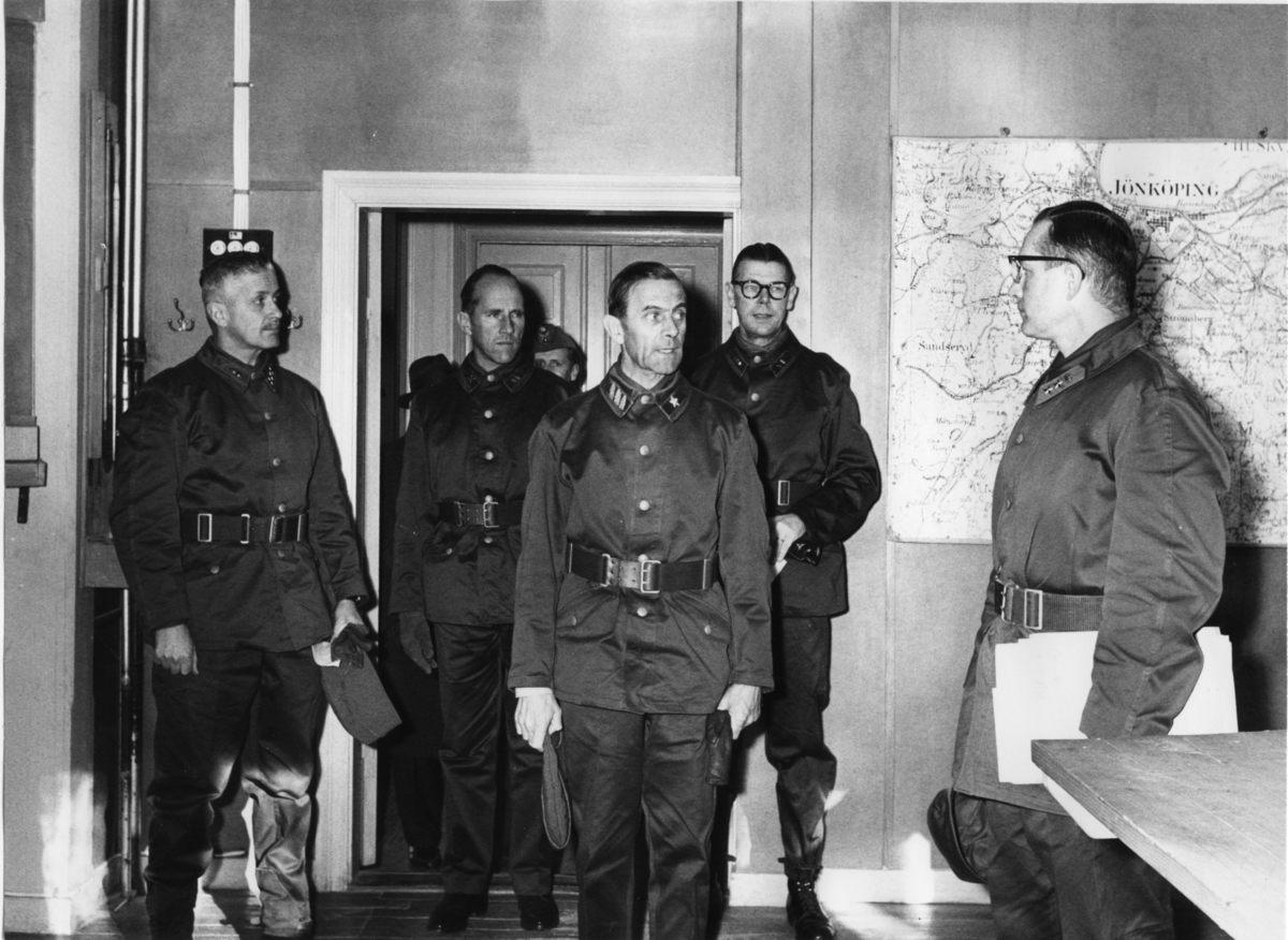 Inspektion, A 6. Militärbefälhavarens inspektion. Namn se notering.