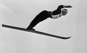 Birger Ruud hopper på ski. (Foto/Photo)