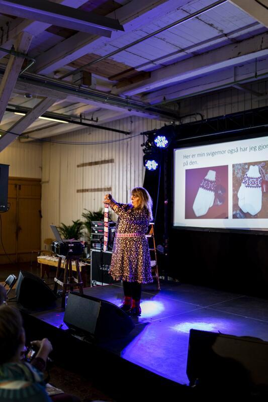 Kirsti-Synnøve Suongir under Bergen Strikkefestival 2019 (Foto/Photo)