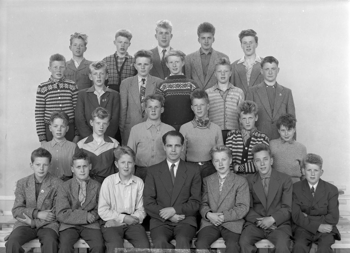 Åsveien skole. 4. klasser