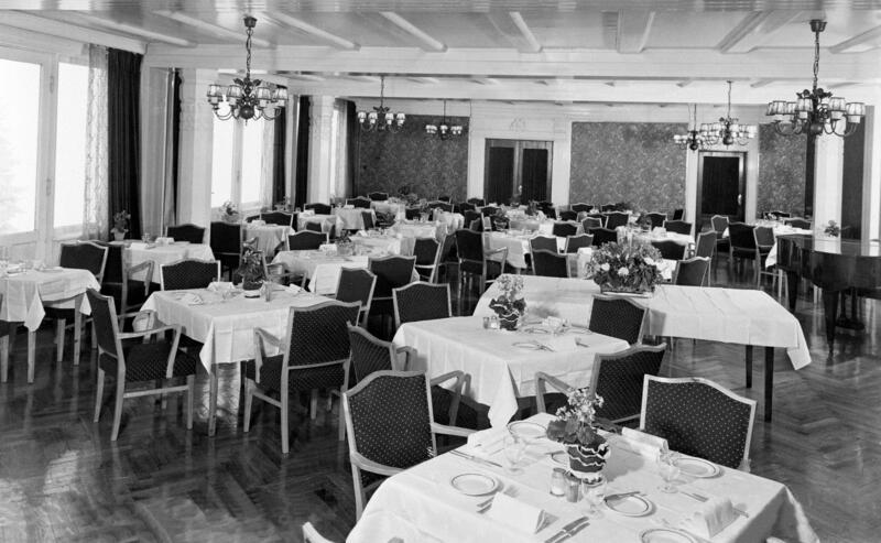 Høstbjør Turisthotell, Furnes, ca. 1950-55. Foto: Normanns Fotoatelier/Anno Domkirkeodden. (Foto/Photo)