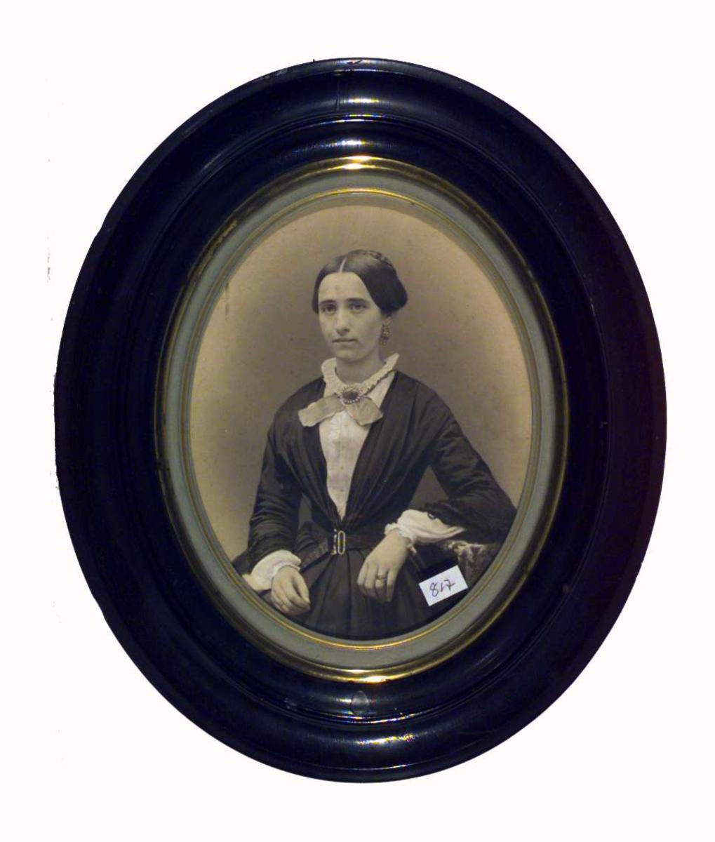 Portrett av Clara Petrea Severine Gyth, f. Worsøe