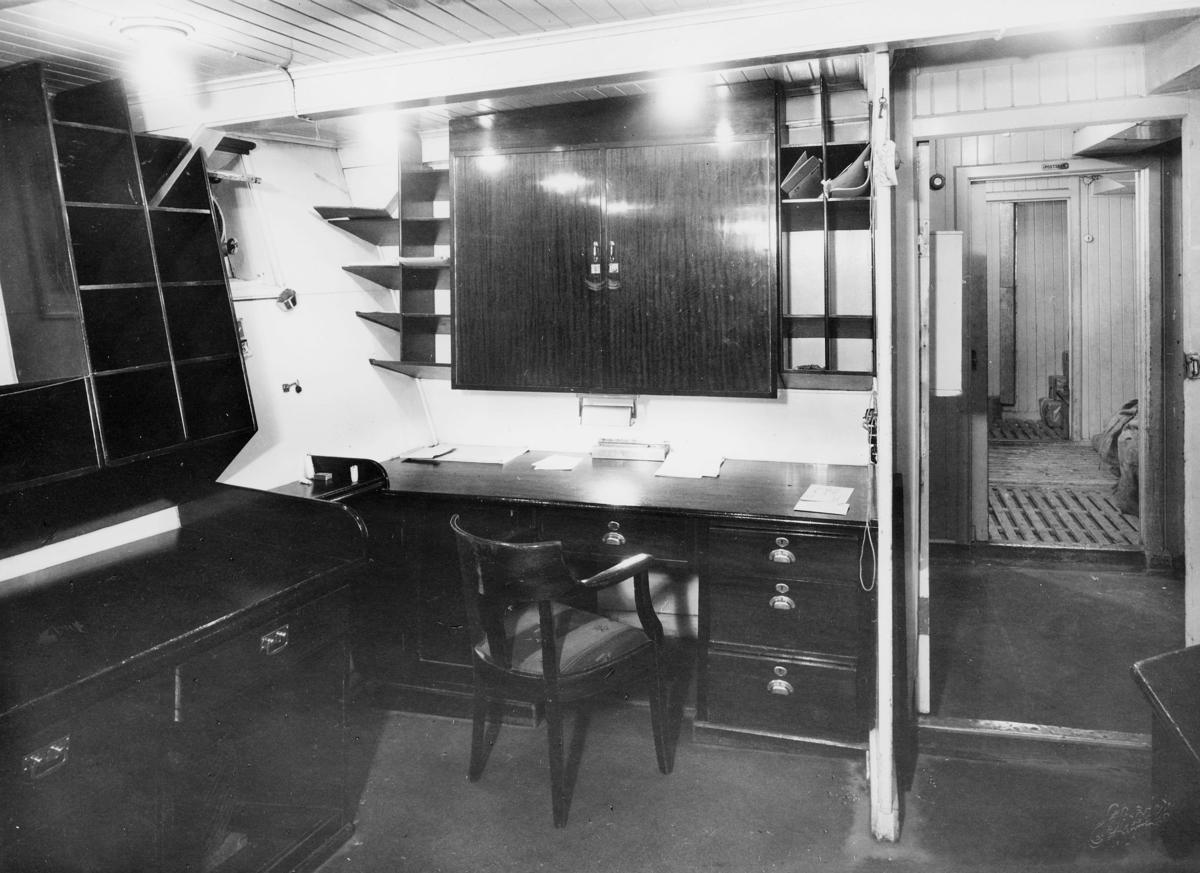 transport båt, interiør, D/S Lofoten, postlugar