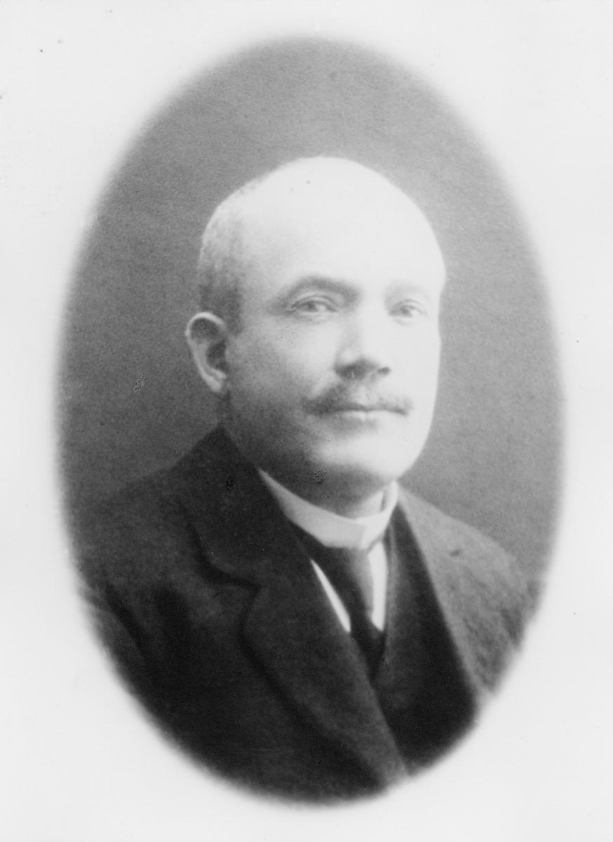 portrett, postmester, Thorbjørn Kristian Synnestvedt Hougaard
