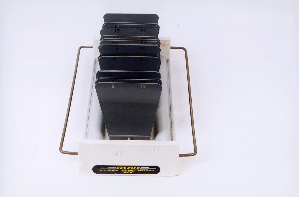 postmuseet, gjenstander, blankettholder, kassett for postinkassasjoner
