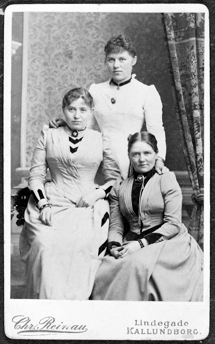 Tre kvinner, søstre