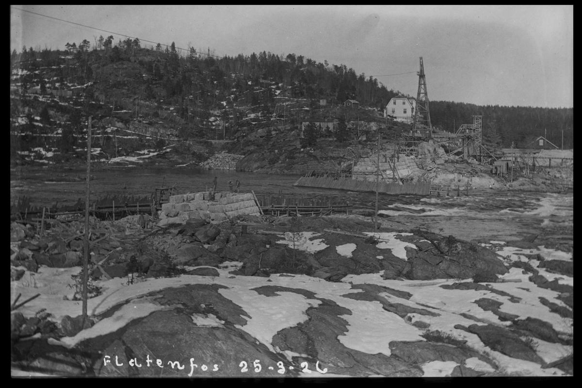 Arendal Fossekompani i begynnelsen av 1900-tallet CD merket 0468, Bilde: 69 Sted: Flaten Beskrivelse: Damanlegget sett fra vestsiden