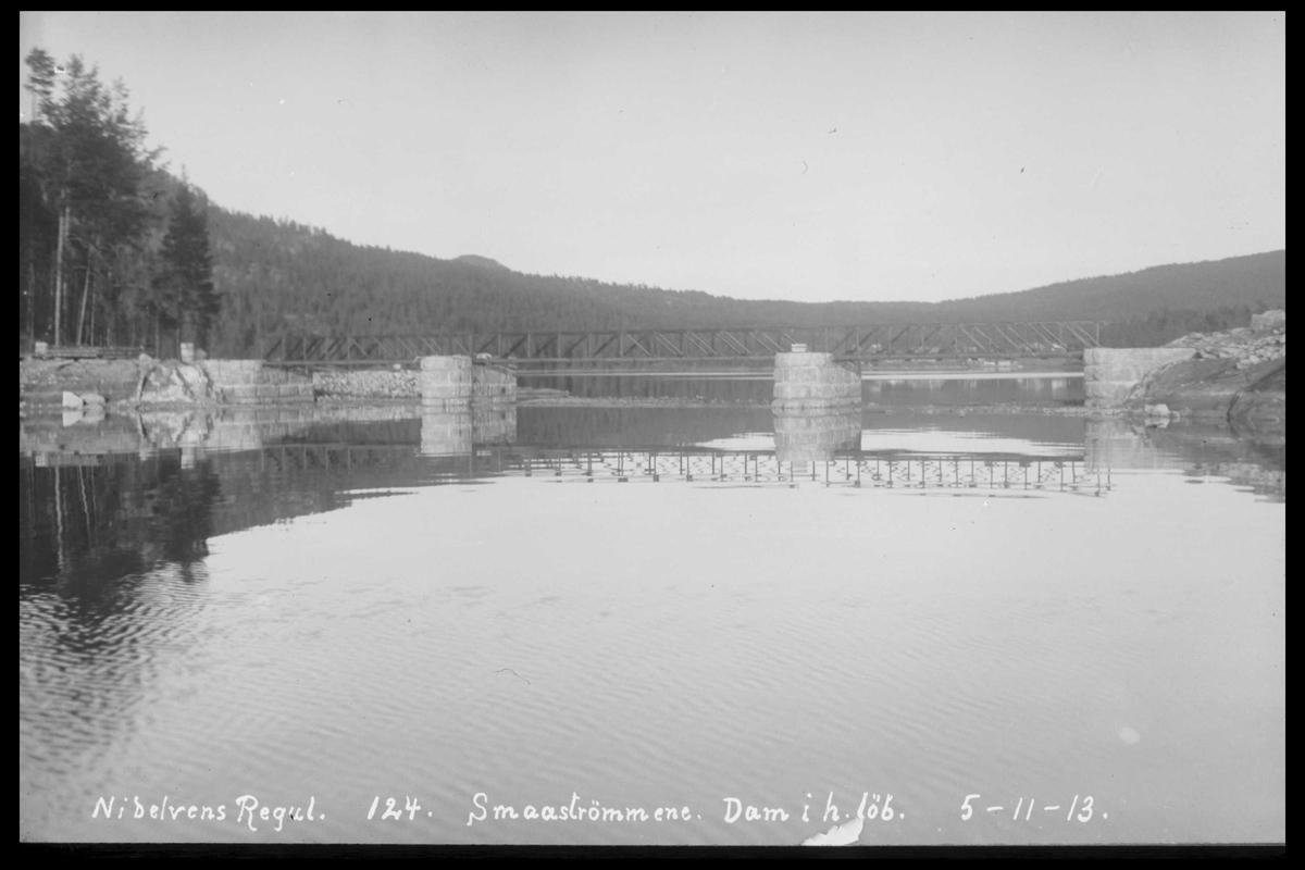 Arendal Fossekompani i begynnelsen av 1900-tallet CD merket 0474, Bilde: 34 Sted:Småstraumene dam Beskrivelse: Damanlegg