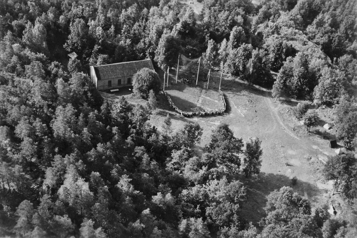 HÅØYA (UNGE HØYRES LANDSLEIR) KLUBBHUS