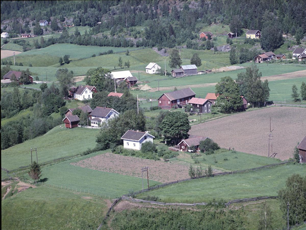 SNEKKERVOLLEN, HABBERSTAD