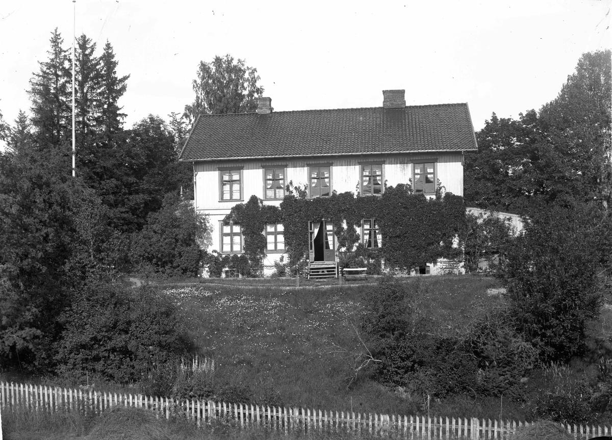 Hovedbygningen på Marienlyst