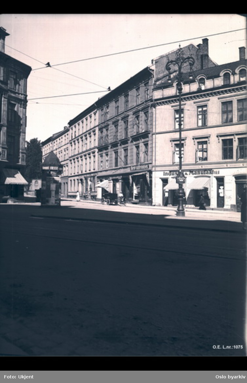 Fasader Holbergs plass