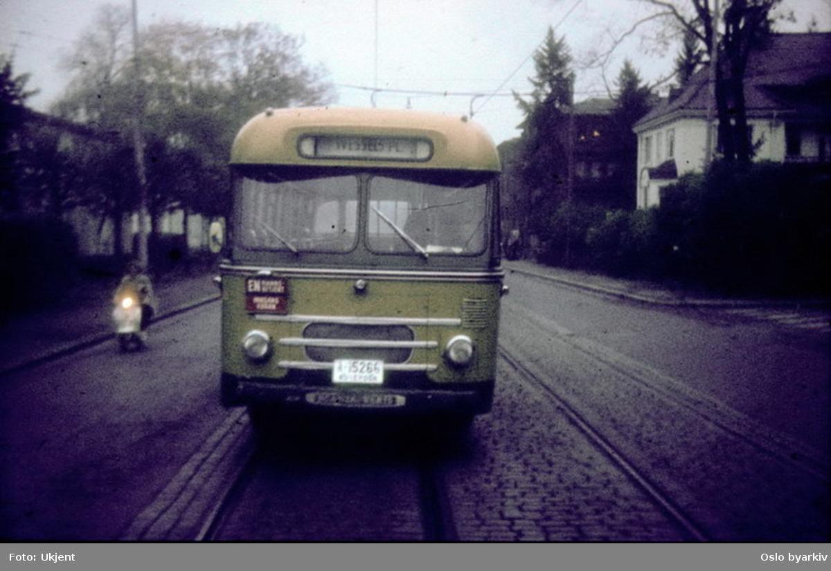 Busser, Ing. M.O. Schøyens Bilcentraler (SBC) buss A-15266.
