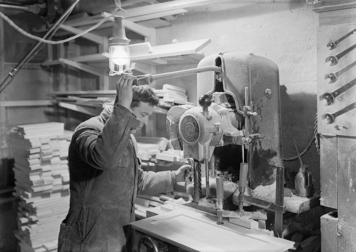 E.H. Schistads snekkerfabrikk og bygningsforretning