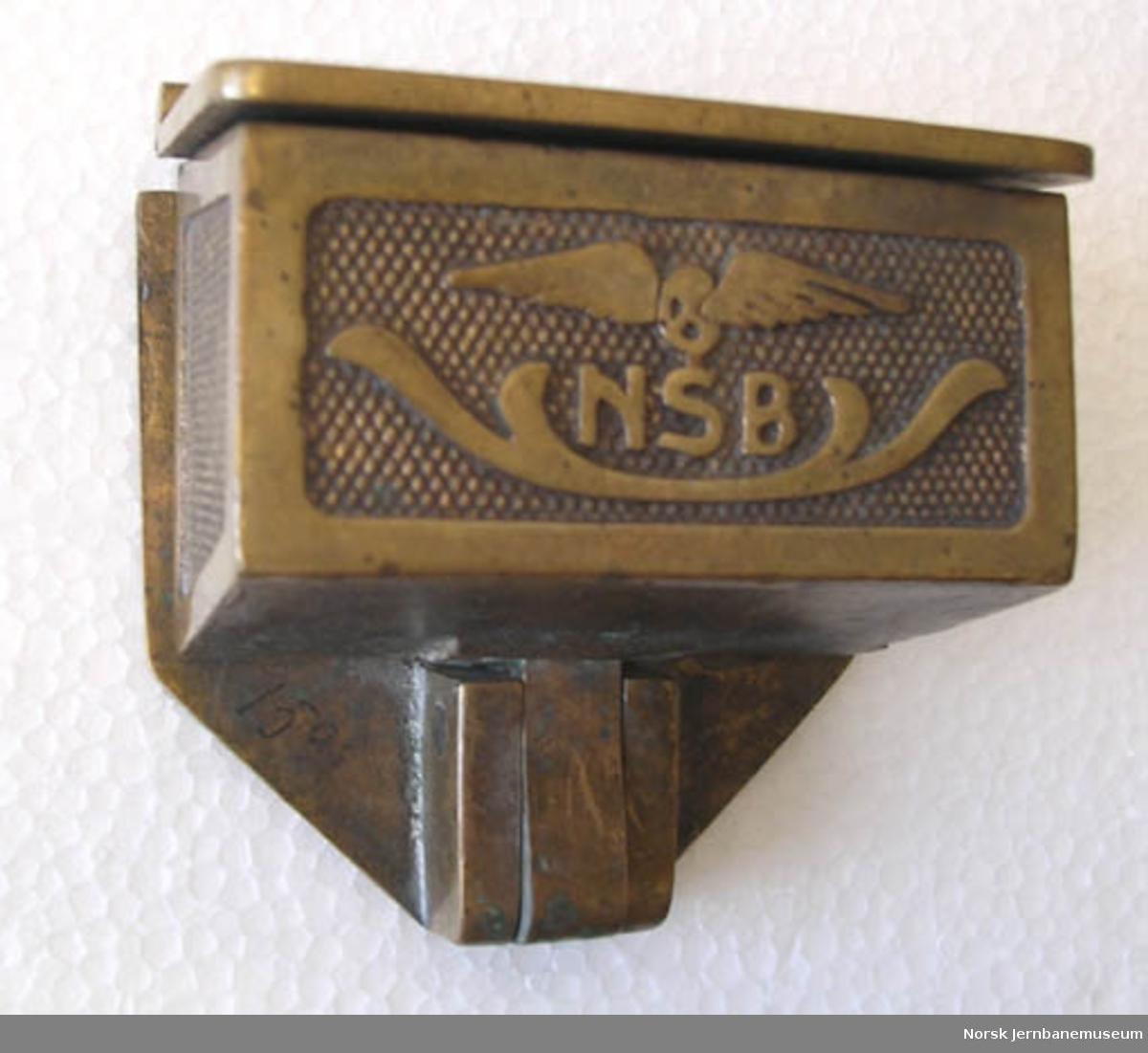Askebeger for personvogn : NSB-vingehjul : lite