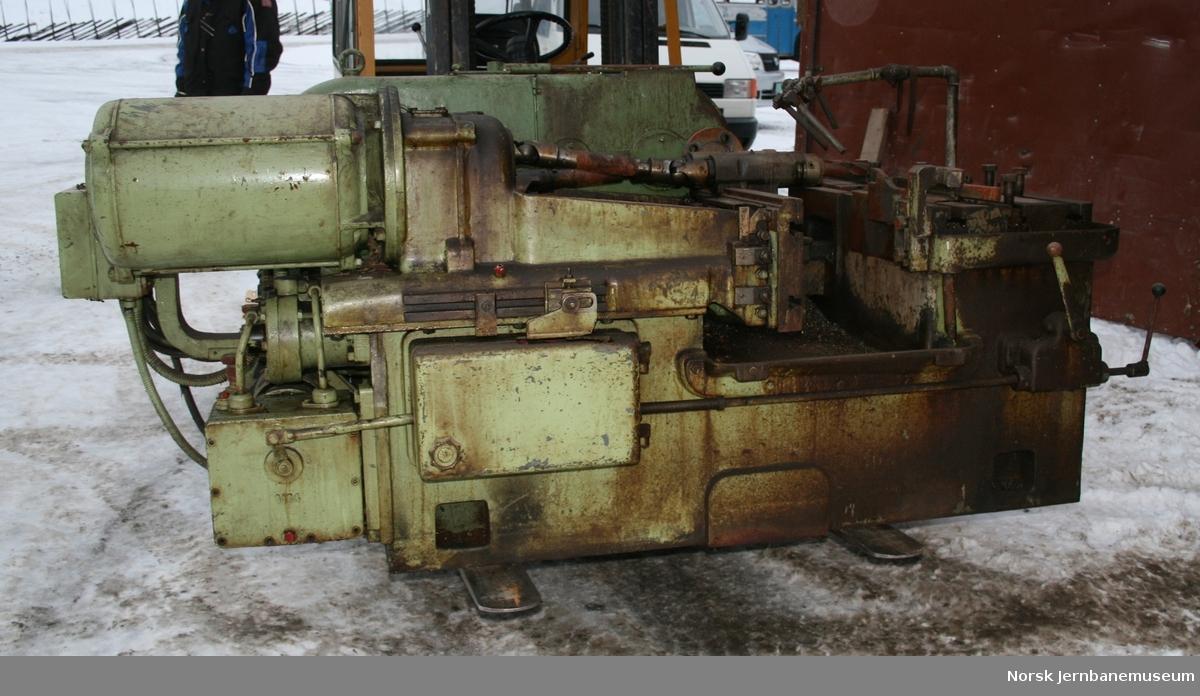 Sag- og boremaskin : Robel type 1LR2