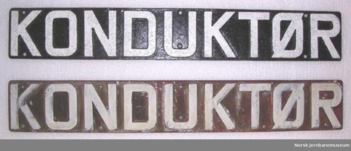 """Skilt """"KONDUKTØR"""" fra NSB-personvogn (trevogn)"""