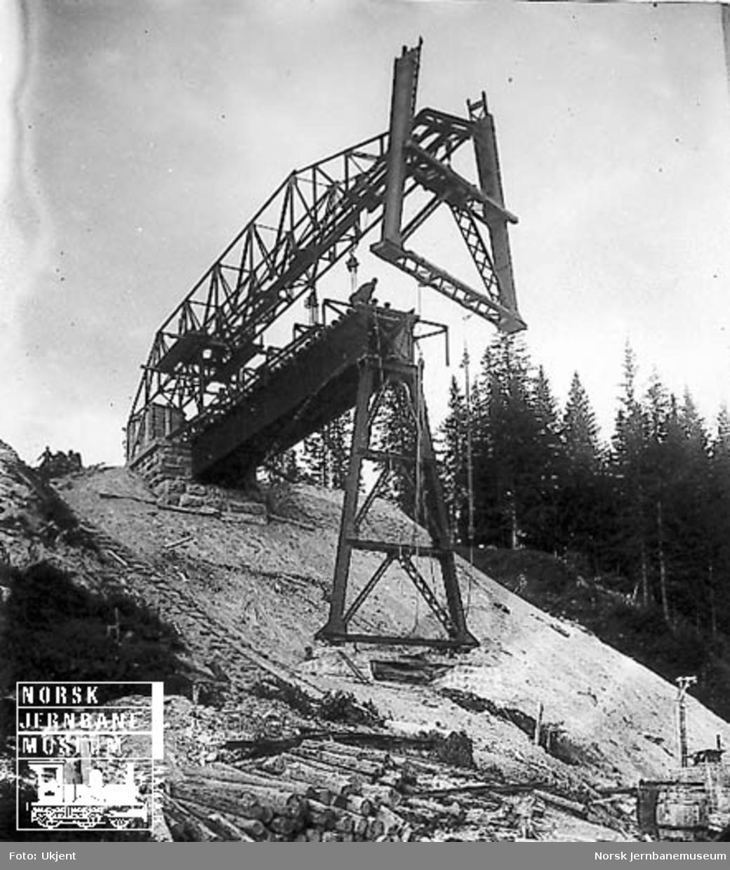 Grana bru : første del av 14 meter-pillar