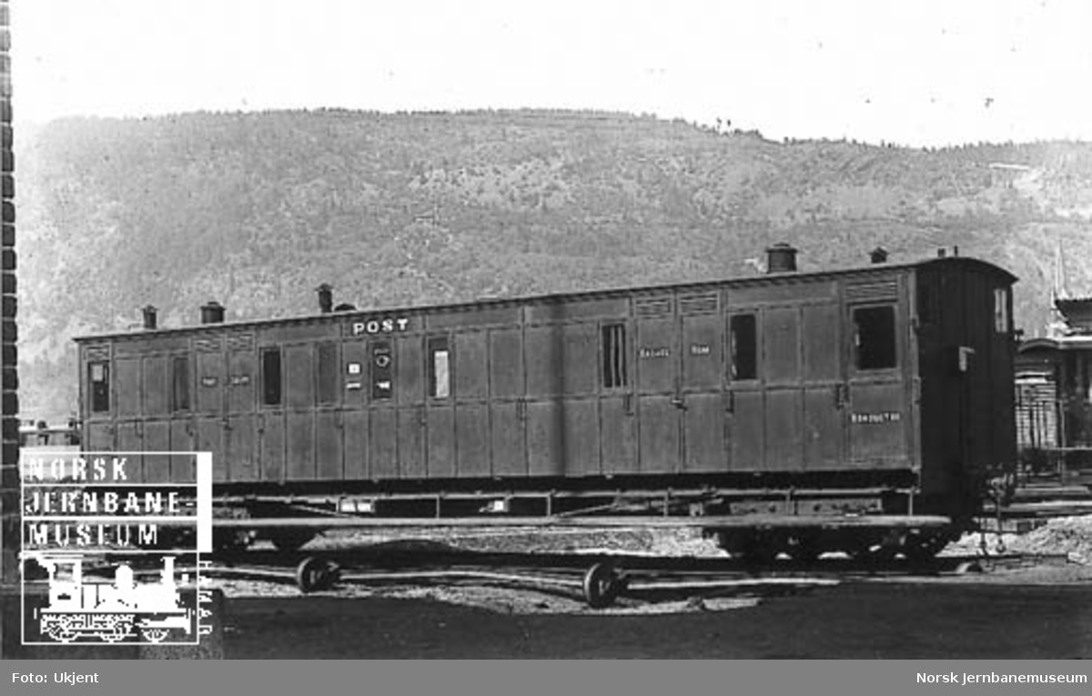 Vestfoldbanens post- og reisegodsvogn litra DFo nr. 60