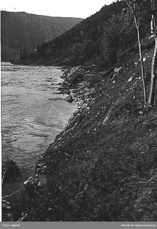 Ødelagt linje nord for Bjørgen, sett nordover