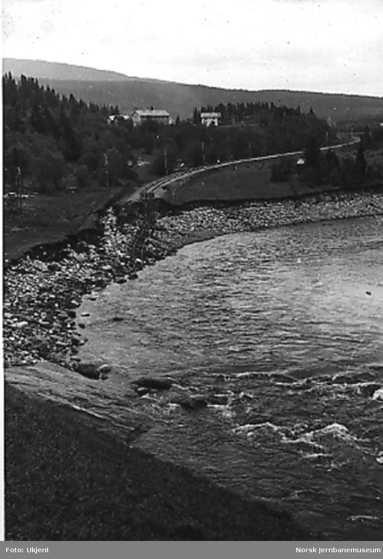 Ødelagt linje, Kirkvollbruddet ved Singsås, sett sørover