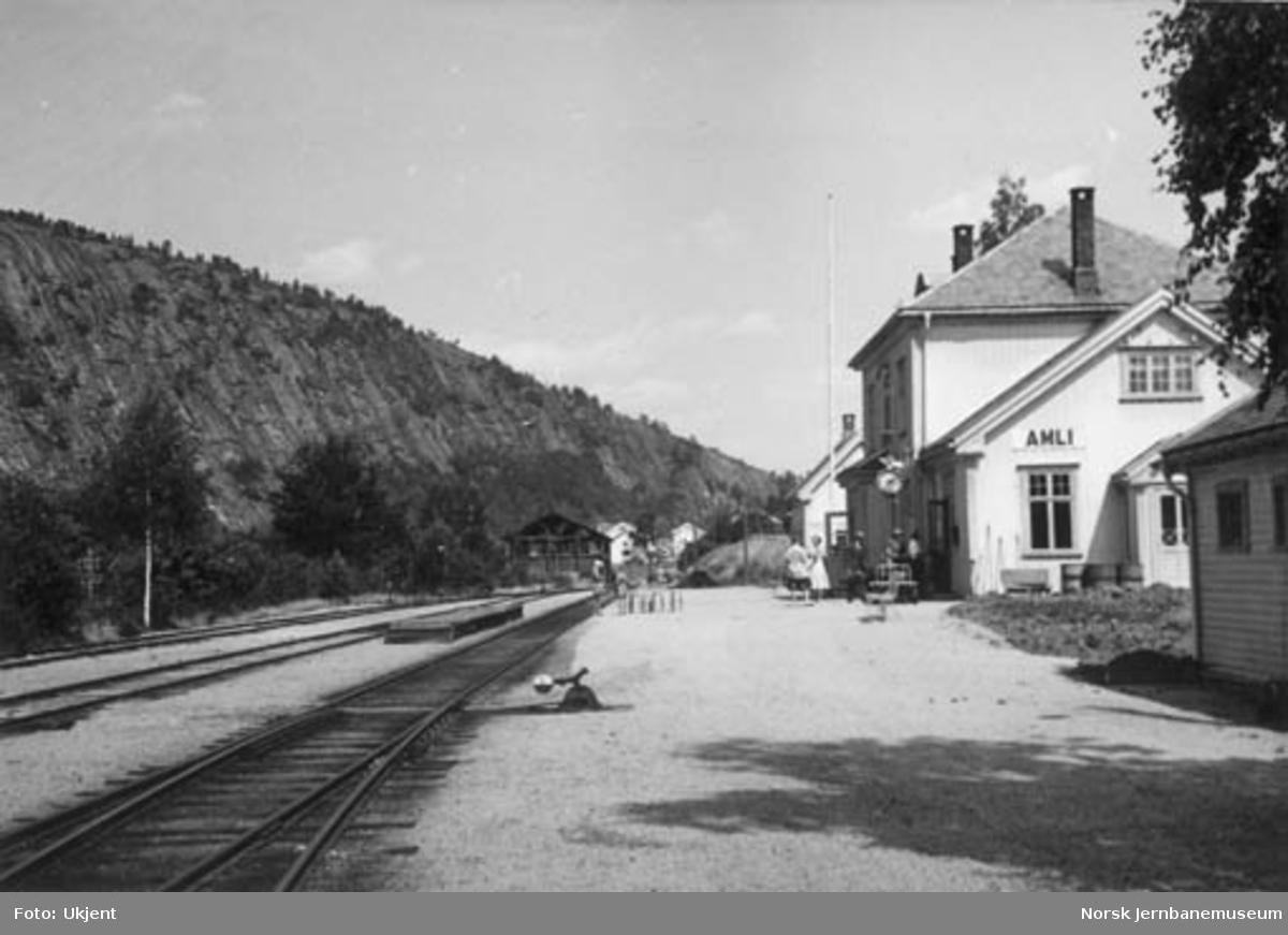 Åmli stasjon